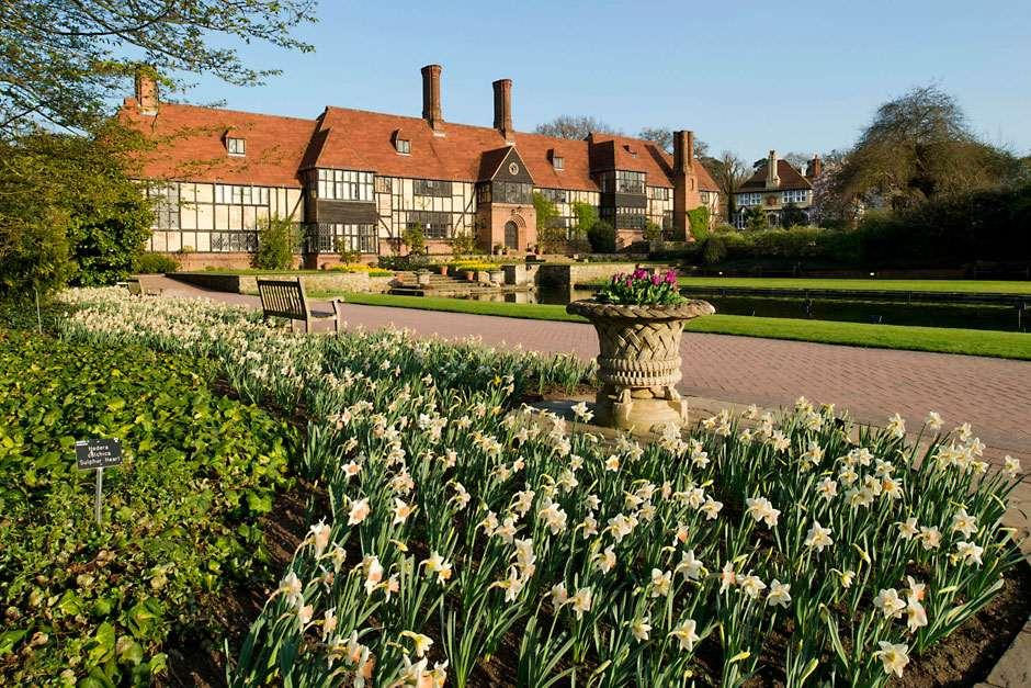 about rhs garden wisley fun family days out events in