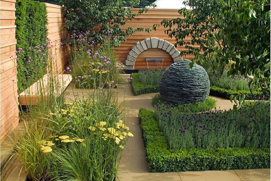'Embracing Tranquility' show garden, Tatton Park