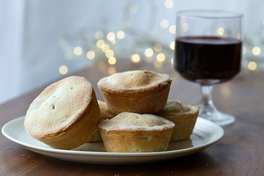 Mince pies and wine
