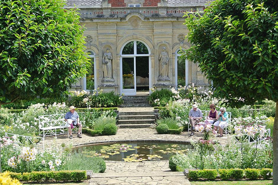 Beautiful open gardens to visit in the UK Public gardens RHS