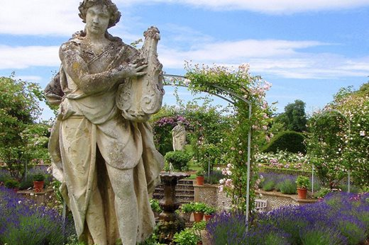 gardens free to members this month
