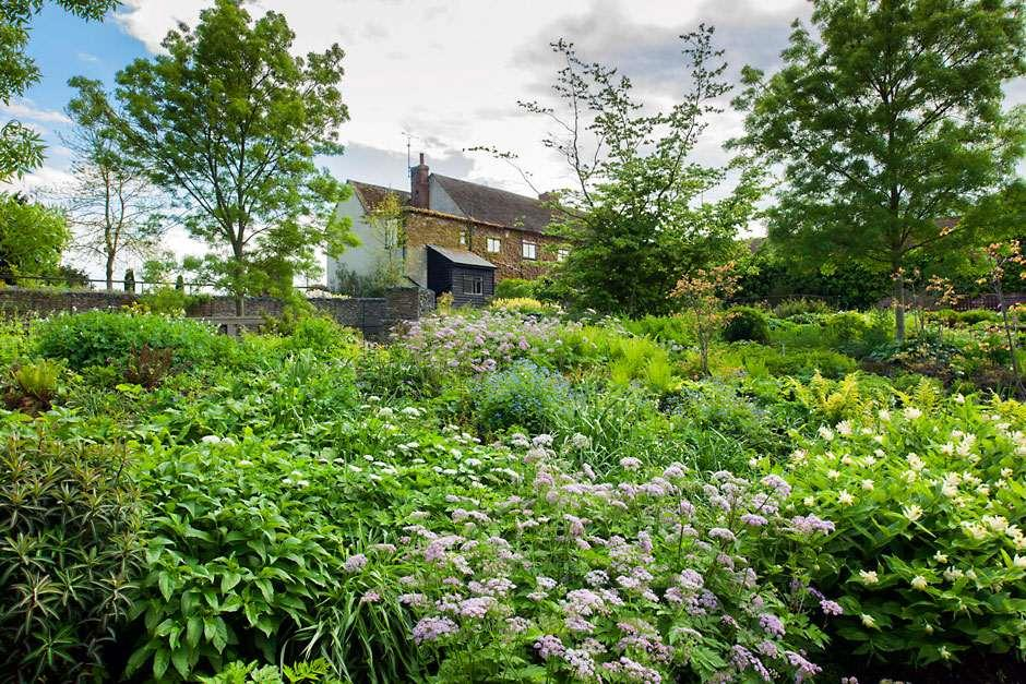 These Two Garden Areas Were First Planted By Hyde Hallu0027s Original Owners,  The Robinsons. In 2006 The Robinson Garden Was Reworked To Create A  Contemporary ...