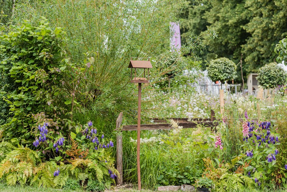 Take a more relaxed approach to gardening