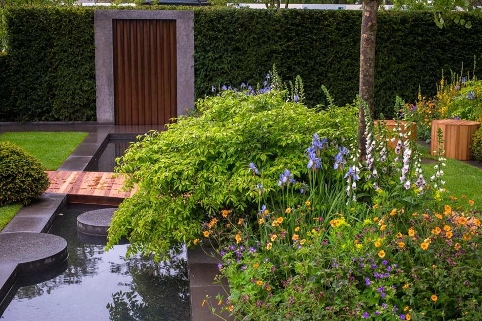 The homebase garden at the rhs chelsea flower show 2015 for Chelsea flower show garden designs
