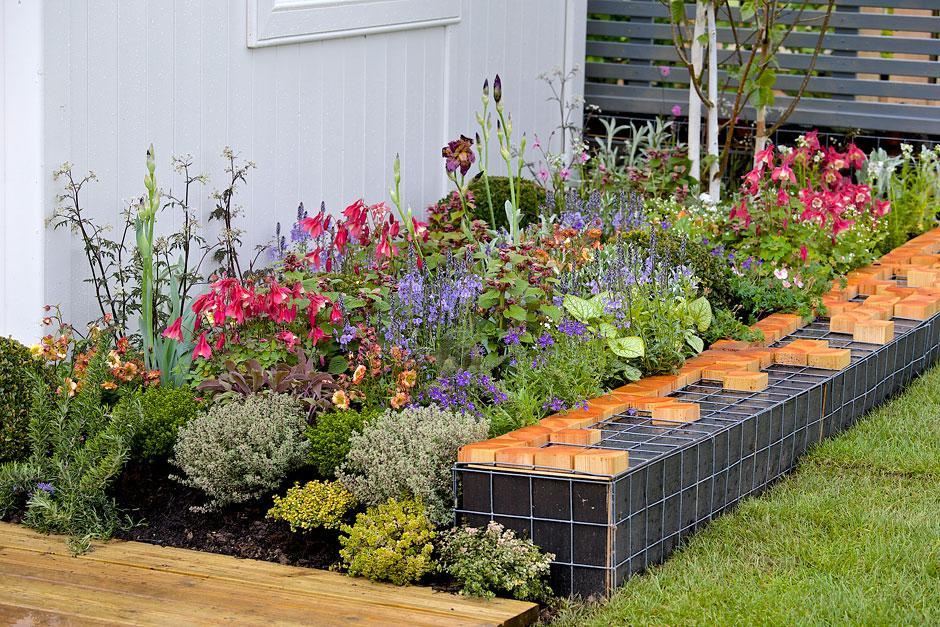 Gardens at the RHS Malvern Spring Festival / RHS Gardening