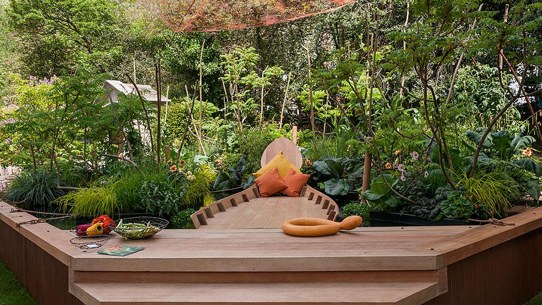 RHS Chelsea Flower Show   Viking Cruises Mekong Garden   ARTISAN GARDENS    Gold Medal Winner   Best Artisan Garden