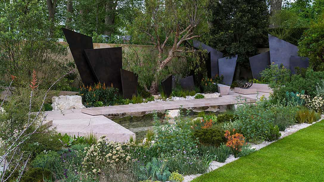All about london rhs chelsea flower show the telegraph garden show gardens gold medal - Chelsea flower show gold medal winners ...